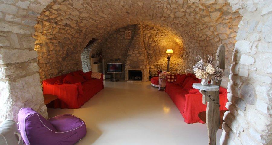 Castelletto: Rustico ristrutturato di altissima qualità in posizione da sogno