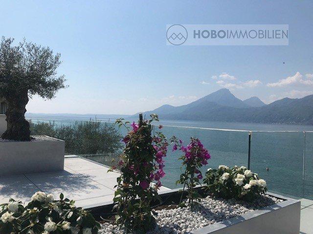 Castelletto: lussuoso appartamento trilocale direttamente sul lago