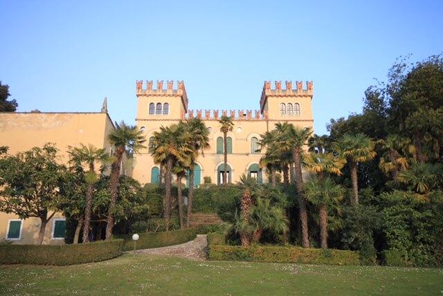 Lazise – sanierte Wohnung im Ansitz Villa Pergolana